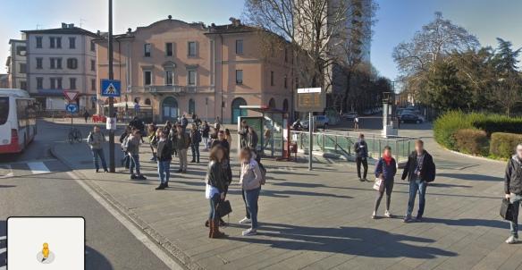 Fermata Bus 2 e 3 Piazzale Marconi